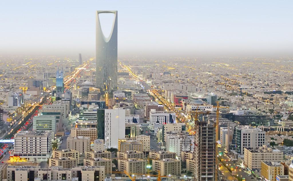 9 11 maggio 2016 peringenerators parteciper alla fiera for La capitale dell arabia saudita