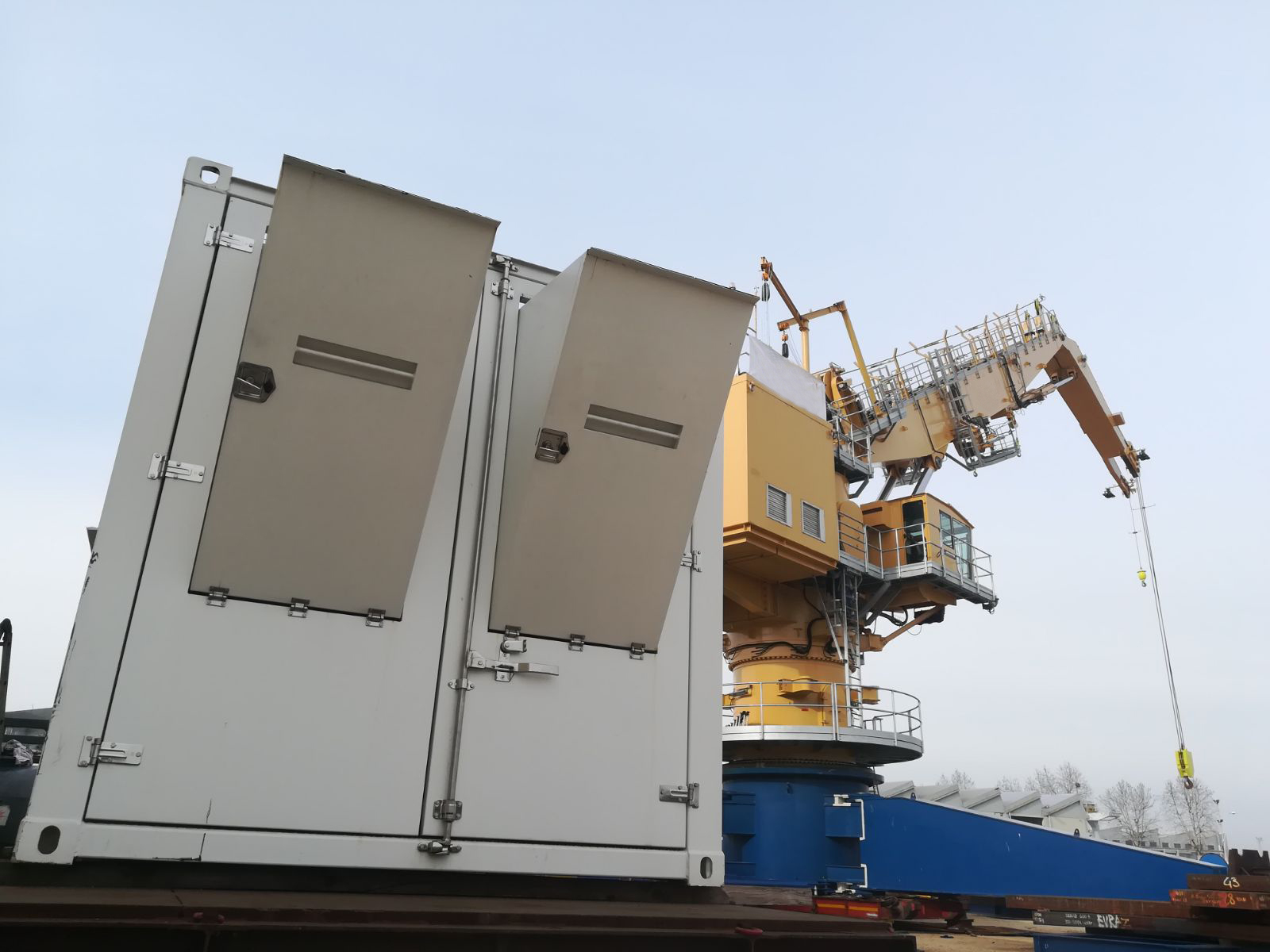 PERINGENERATORS: 1 5 Mw power generator for huge special