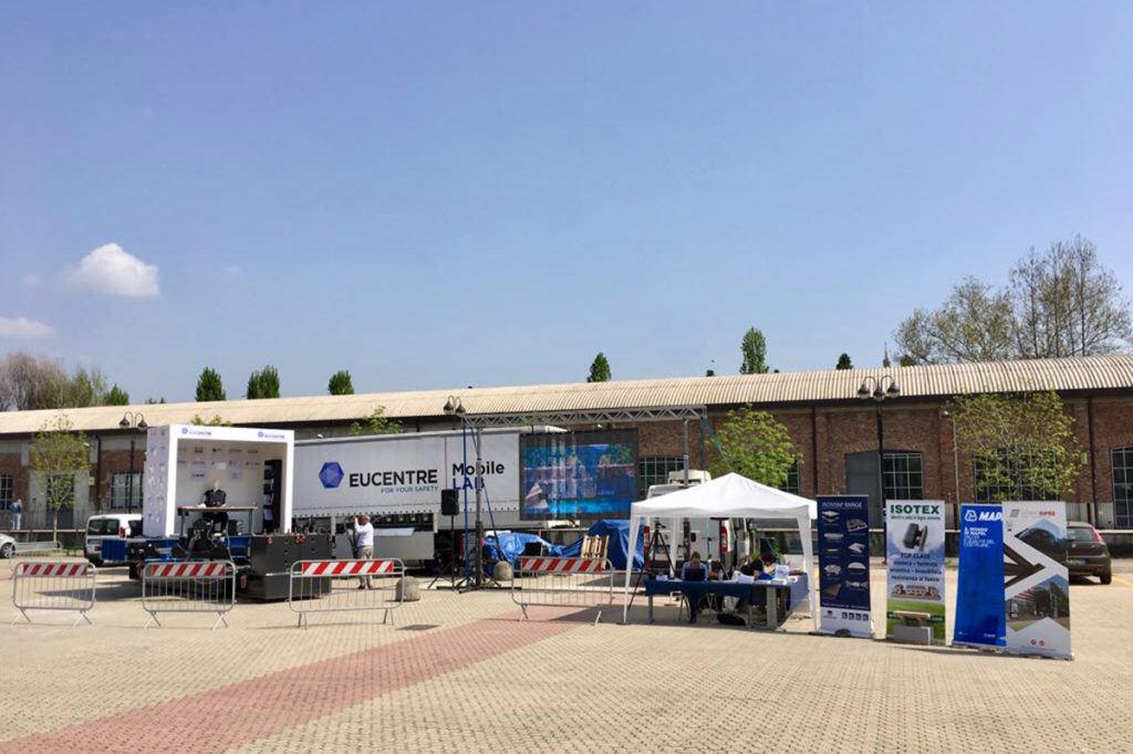 MOBILAB-Eucentre-in-collaborazione-con-PERINGENERATORS-8